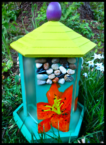 Tiger Lily Bird Feeder