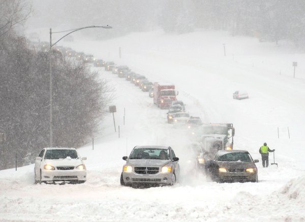 Blizzard Overland Park KS, by Dave Kaup/Reuters